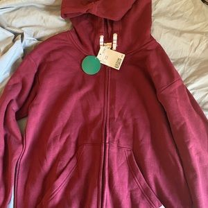 H&M zip up burgundy hoodie size 10-12 youth